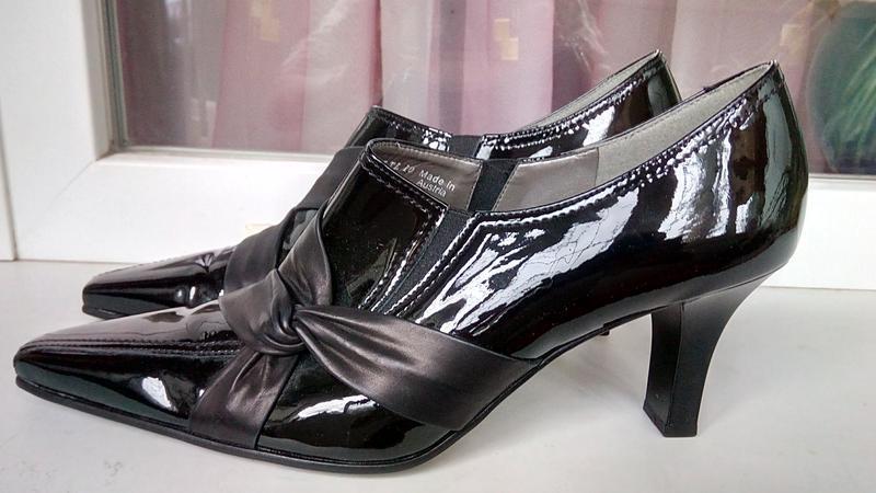 Стильные новые кожаные туфли gabor.