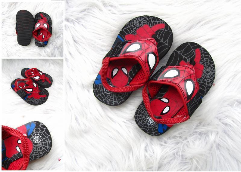 Шлепанцы вьетнамки босоножки spiderman