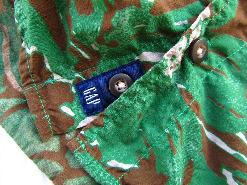 Стильная рубашка с коротким рукавом gap - Фото 4