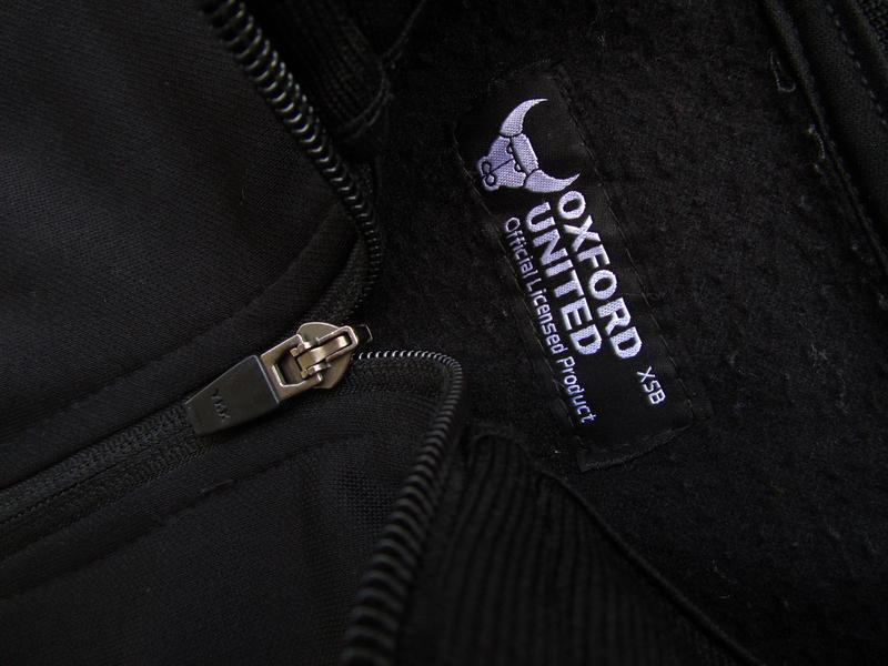 Стильная кофта реглан  бомбер oxford united - Фото 2