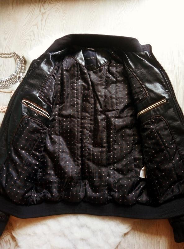 Утепленная синяя мужская куртка кожанка с манжетами zara косух... - Фото 4