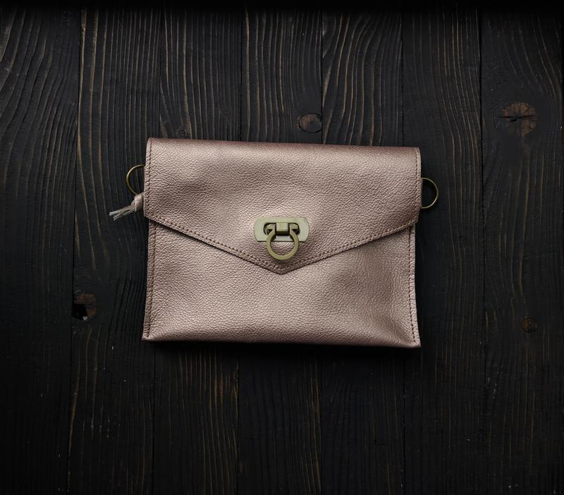 "Поясная сумка из натуральной кожи ""інфініті"" (бронза)."
