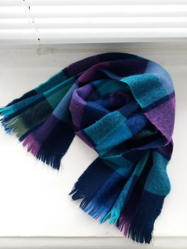 Красивый разноцветный шарф, тёплый шарф
