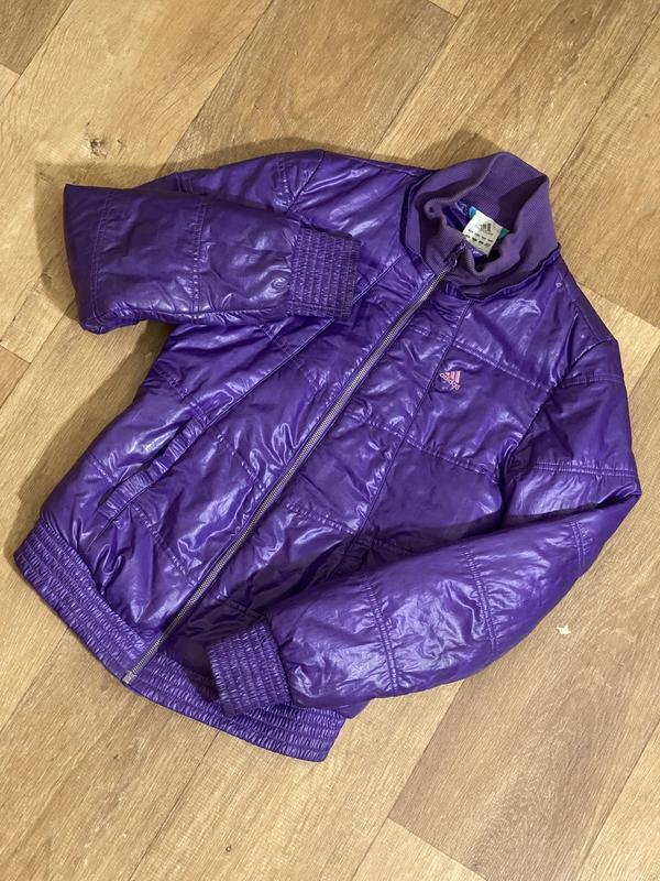 Демисезонная куртка адидас адик фиолет дутая на резинке adidas...
