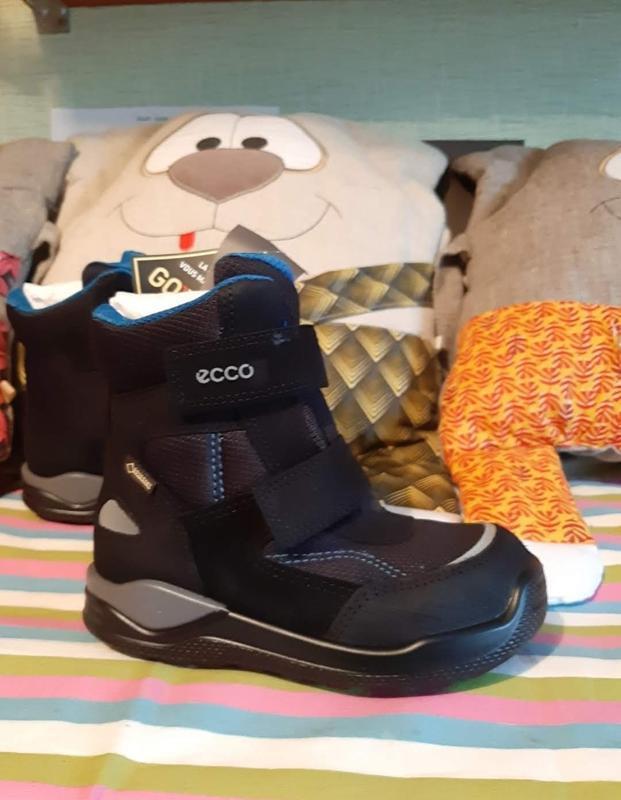Очень теплые зимние ботинки ecco
