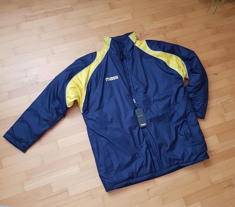 Оригинальная брендовая куртка от итальянского бренда mass