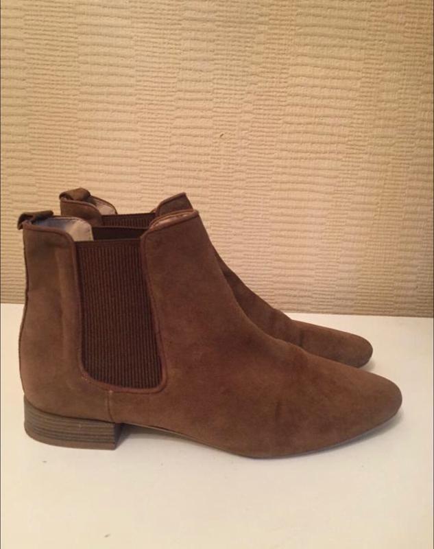 Стильные замшевые ботинки песочного цвета zara!