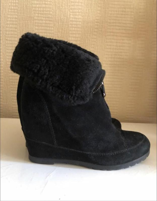 Модные черные замшевые ботинки на натуральном меху!