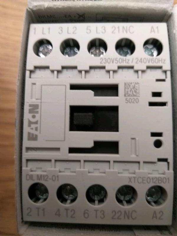 Контактор, пускатель, пускач производителя Eaton модели DILM 12