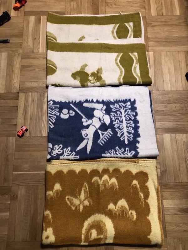 Одеяла детские полушерстяные