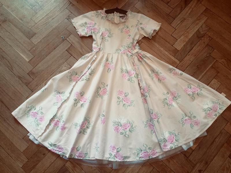 Пышное нарядное платье kids