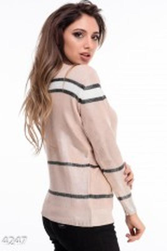 Стильный свитер в полоску от бренда faber