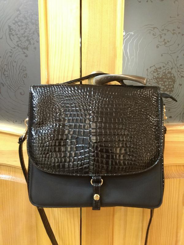 Новая удобная сумка estee lauder