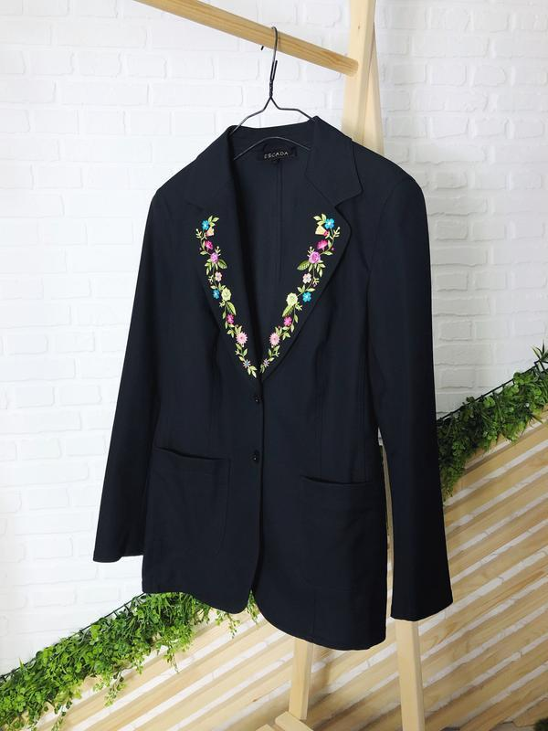 Удлиненный пиджак, жакет от escada оригинал