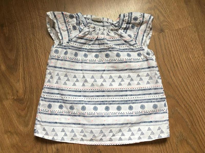 Легкая футболочка h&m на 9-12 месяцев