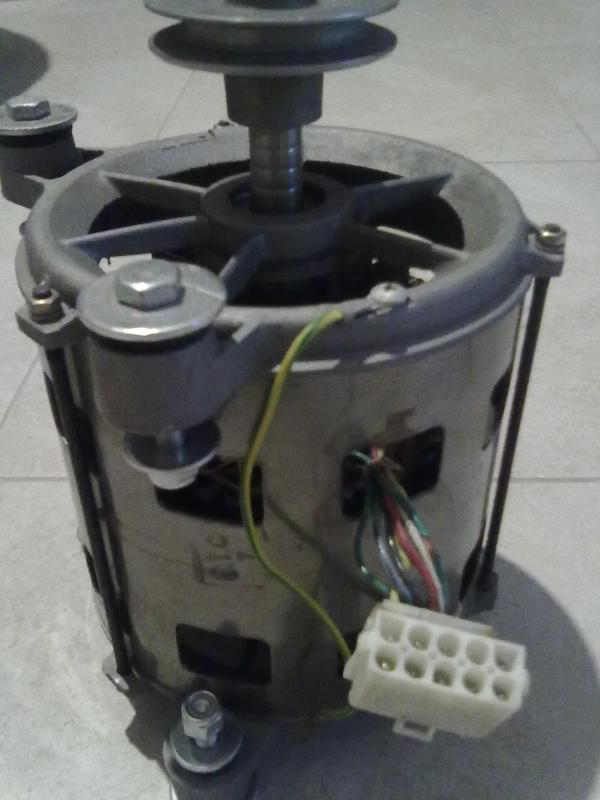 Мотор на стиральную машину ARDO - Фото 2