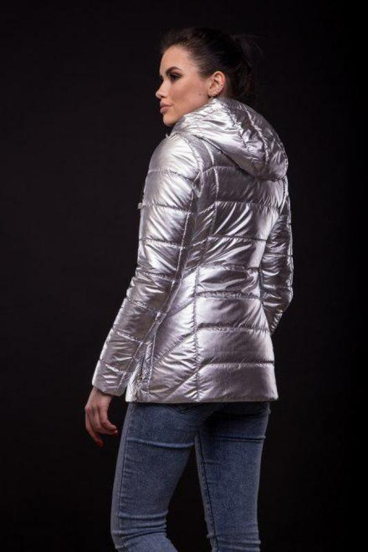 Куртка Exclusive утеплённая серебряного цвета - Фото 5