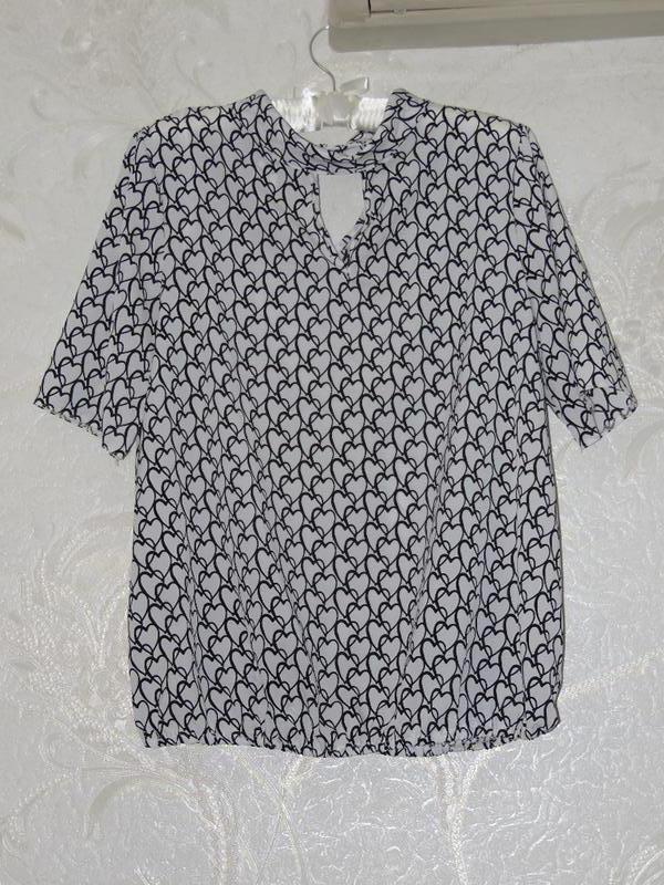 Легкая блуза в орнамент tu