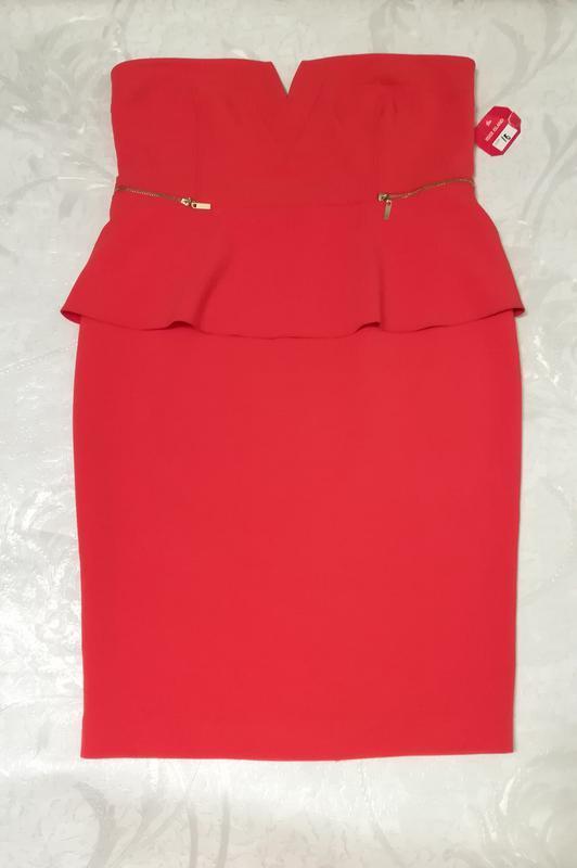 Шикарное красное открытое платье - Фото 3