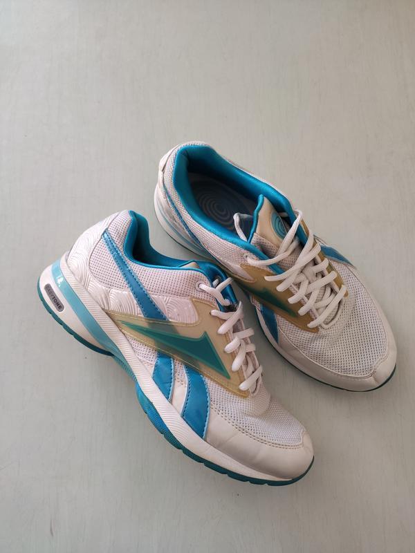 Reebok easytone белые кроссовки