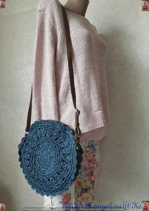 Новая плетенная соломенная лёгкая круглая нежная летняя сумка ... - Фото 2