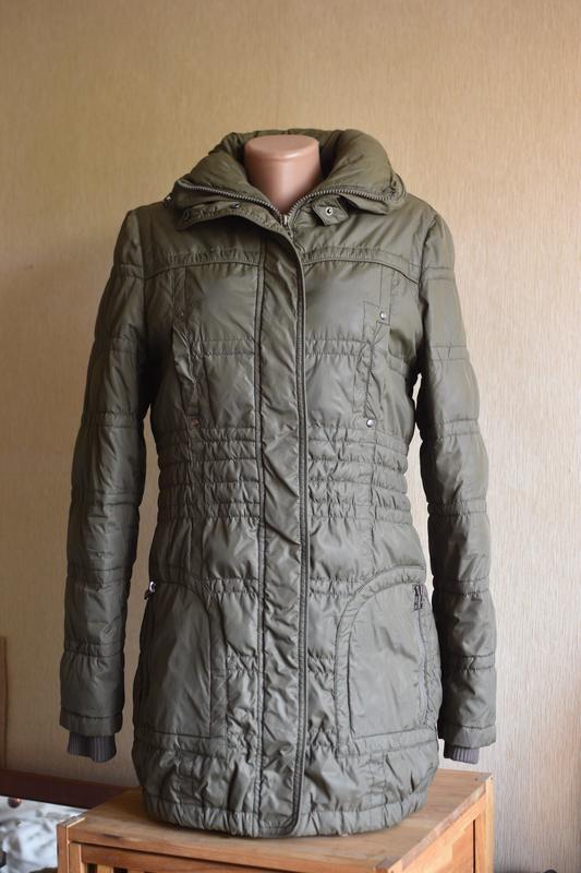 Демисезонная куртка цвета хаки incity