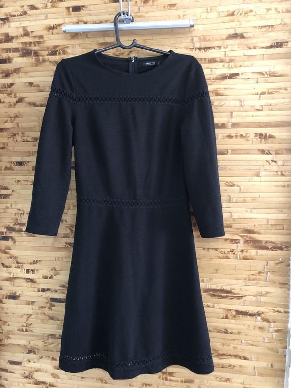 Классическое маленькое чёрное платье  reserved