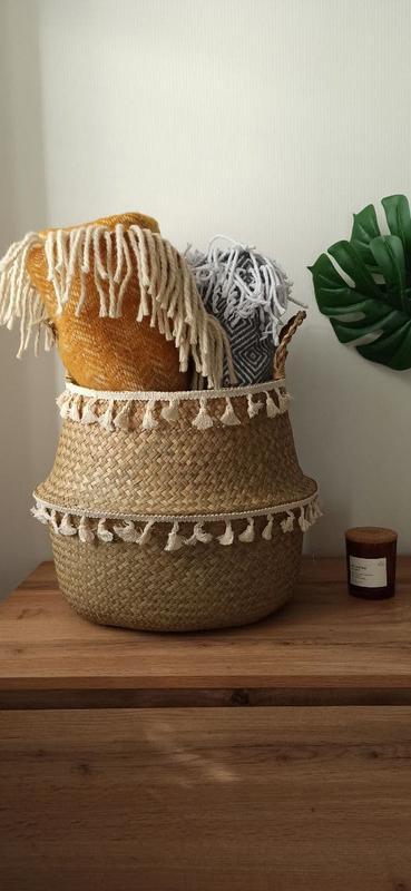 Корзина плетеная с бахромой