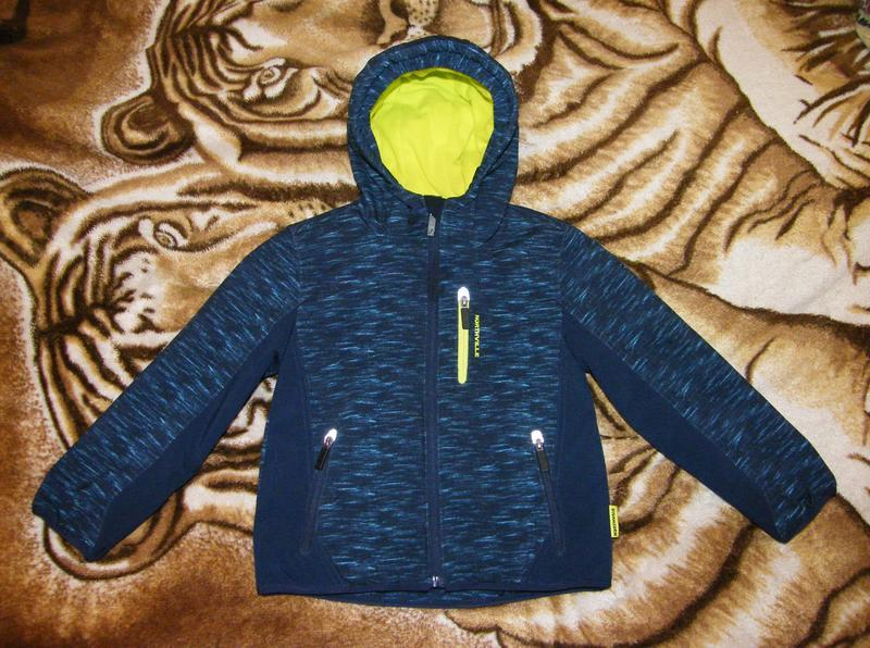 Куртка (софтшел) c&a мальчику, рост 122см, цена снижена на 2 дня! - Фото 2