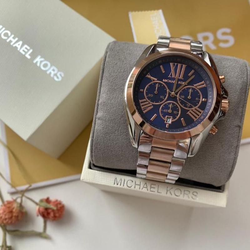 Женские часы Michael Kors MK5606 'Bradshaw' - Фото 3