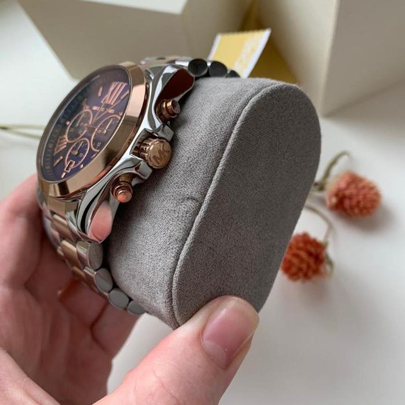 Женские часы Michael Kors MK5606 'Bradshaw' - Фото 4