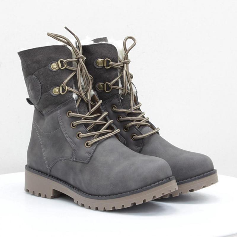 Зимние серые ботинки