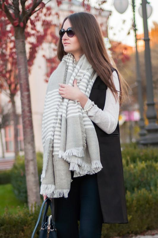 Шерстяной шарф-плед romwe