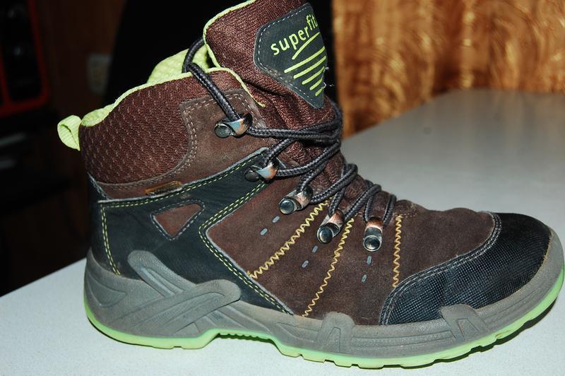 Зимние ботинки superfit 35 р