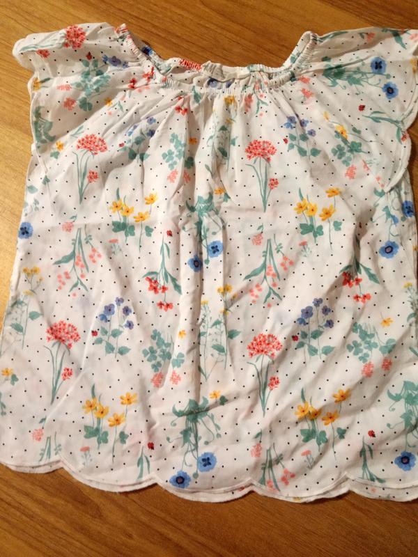 Блуза футболка в цветы на девочку н&м рост 128(7-8 лет)