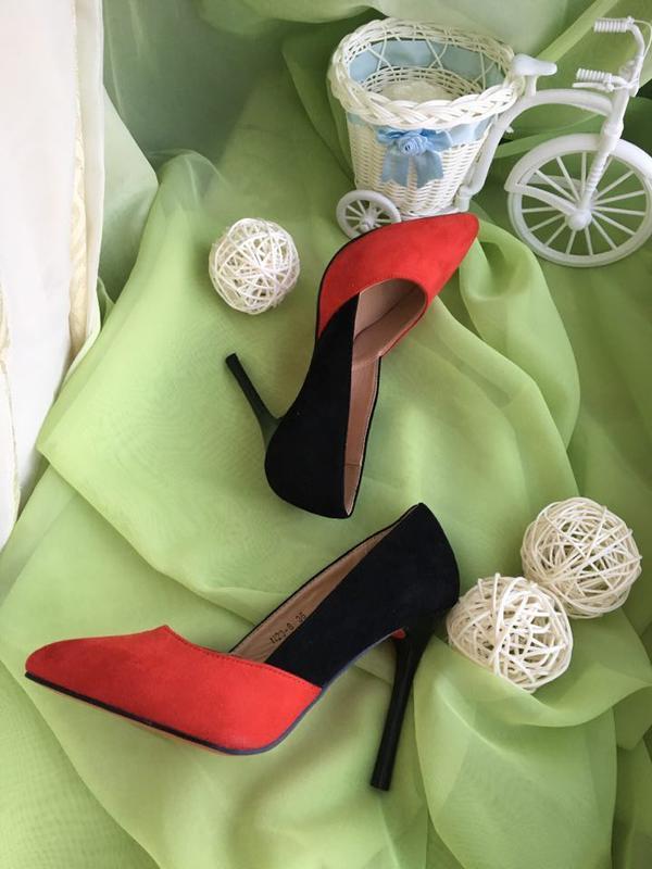 Туфли - лодочки женские / классическая обувь / туфли на шпильк...