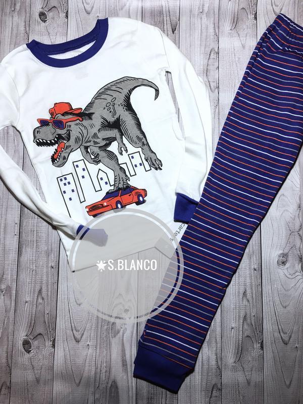 Пижама хлопковая «дино» от carter's. размер 6, 6-7 лет