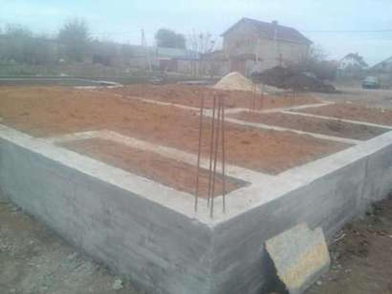 Выкопать и залить фундамент в Херсоне? Это к нам