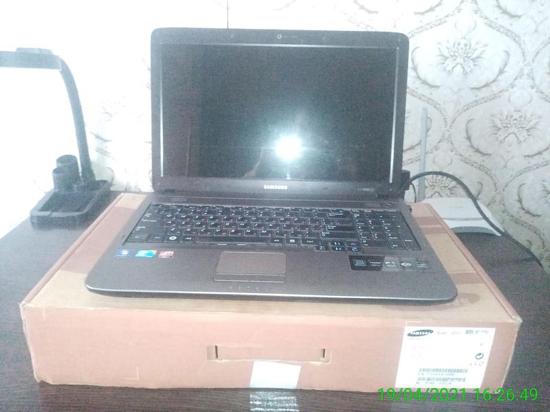 Продам хороший ноутбук Samsung r540