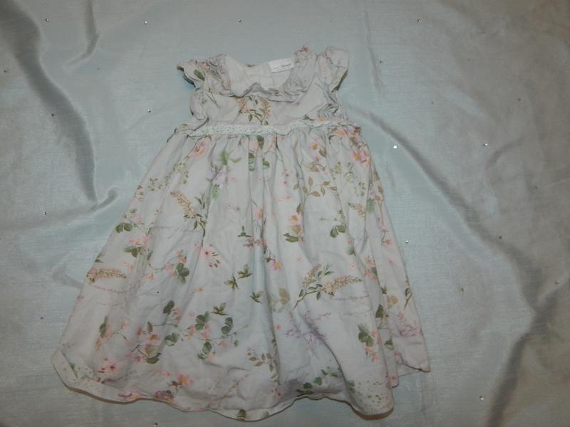 Платье нежное легкое на малышку 6-9 мес нарядное