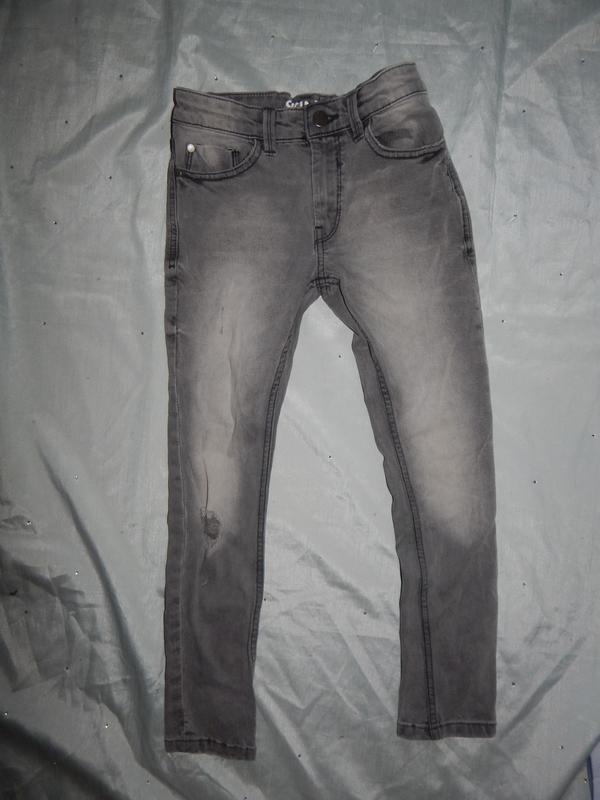 Джинсы модные skinny на мальчика 8 лет 128см