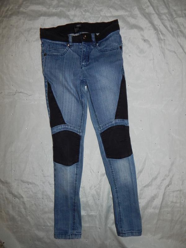 Джинсы модные на девочку 11 лет 146см