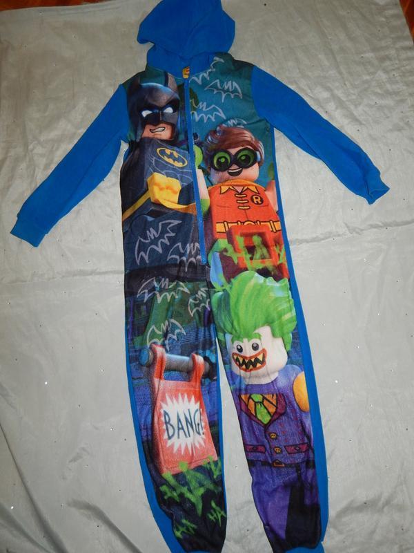 Слип пижама человечек на мальчика 8-9 лет lego batman
