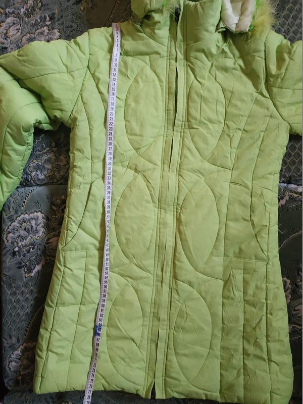 Теплое салатовое пальто для девочки - Фото 3