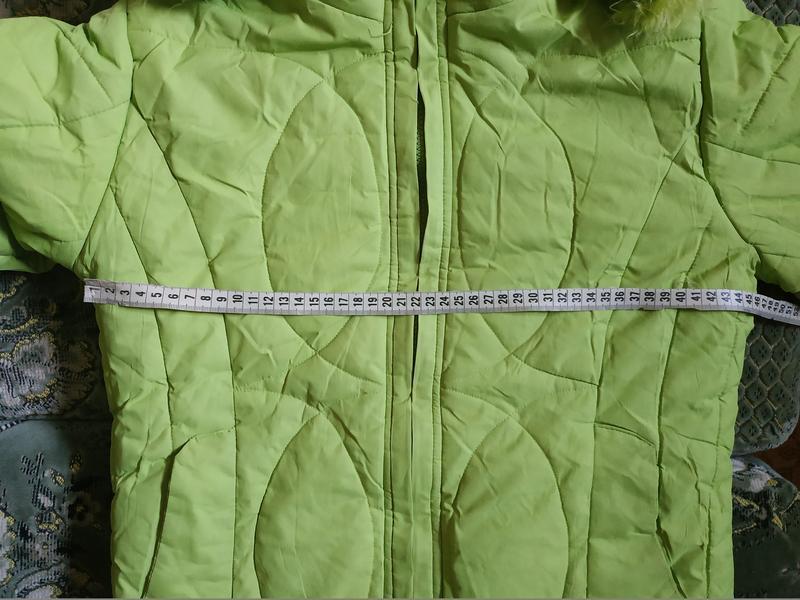 Теплое салатовое пальто для девочки - Фото 4