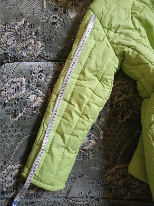 Теплое салатовое пальто для девочки - Фото 6