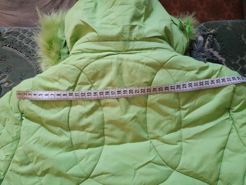 Теплое салатовое пальто для девочки - Фото 7
