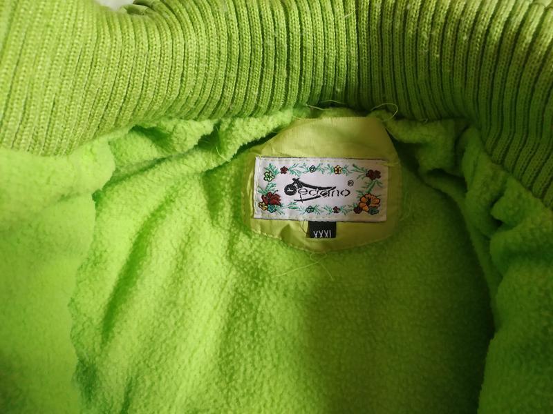 Теплое салатовое пальто для девочки - Фото 9