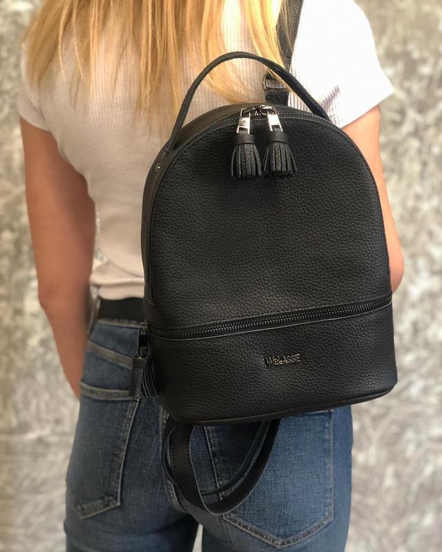 Черный кожаный рюкзак повседневный городской рюкзачок натураль...
