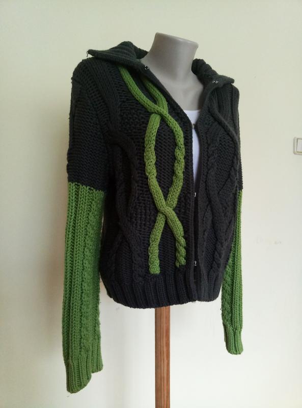 Итальянский брендовый свитер шерсть max mara